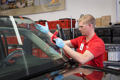 Glass Doctor of Fort Worth technician replacing a windshield