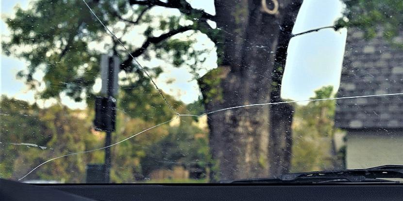 Cracked Windshield Dangers