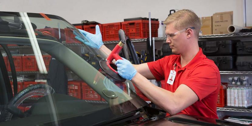 Glass Doctor of Barrie performs the highest quality windshield replacements & chip repairs and will have you on your way in no time!