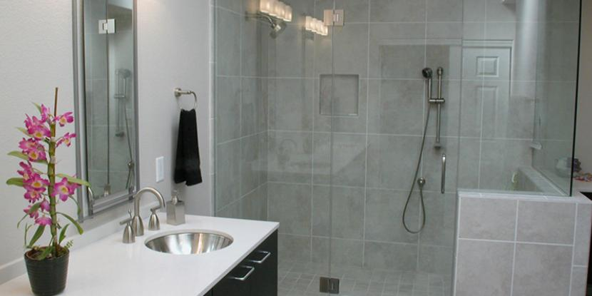 Looking for a glass shower door? Framed, frameless, hinged, sliding, rustic or completely custom – with so many options, it's hard to find the perfect shower door. Get creative tips and unique ideas from Glass Doctor. We can help homeowners with glass shower door selection, installation and maintenance.