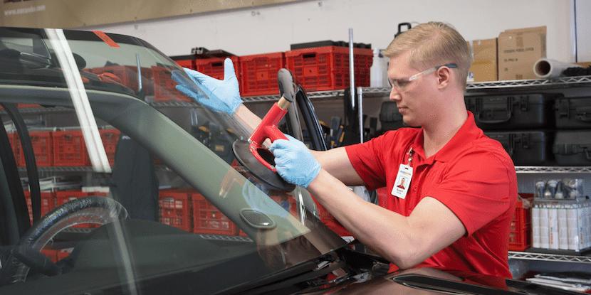 Glass Doctor safe windshield installation